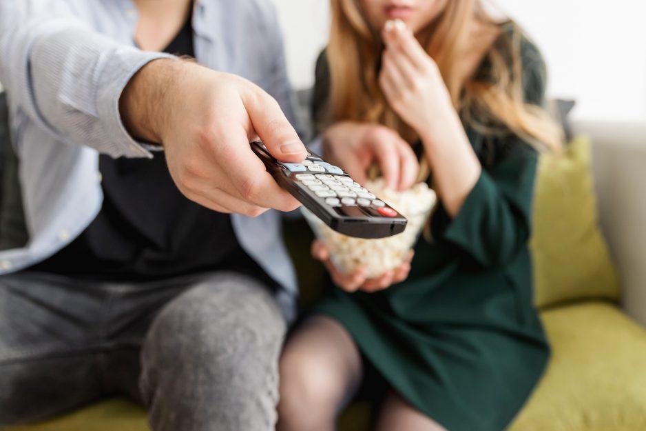 Sfida tra media: TV, IGTV e Netflix