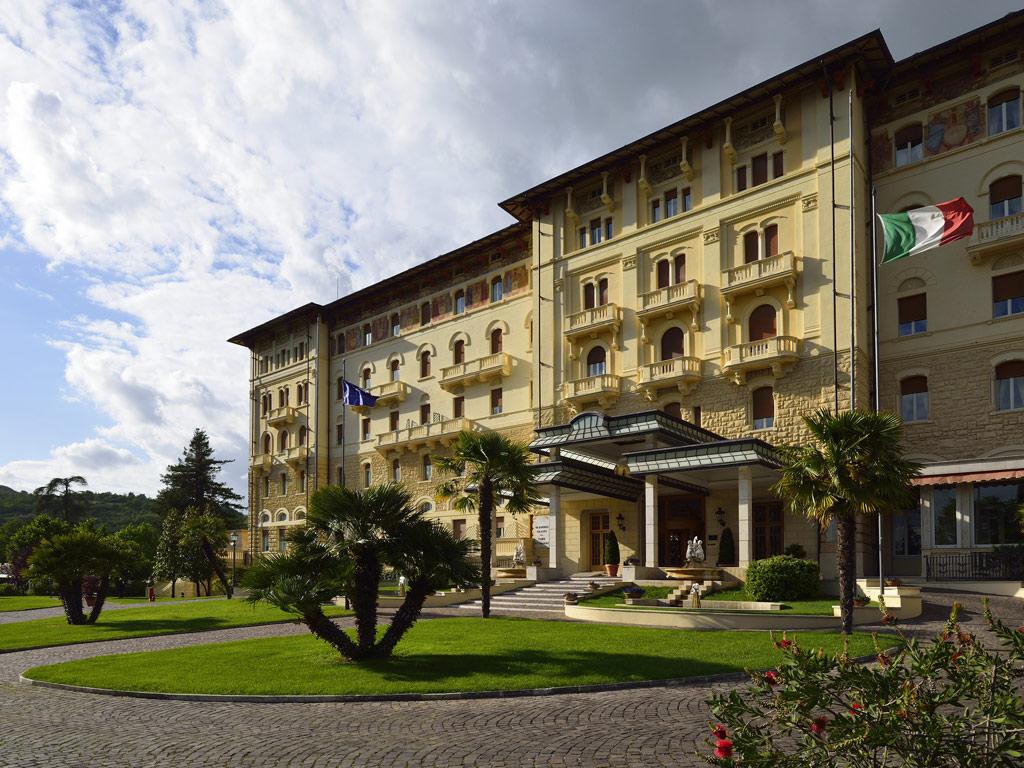 Palazzo Fiuggi facciata